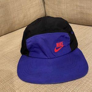 Vintage retro Nike cap